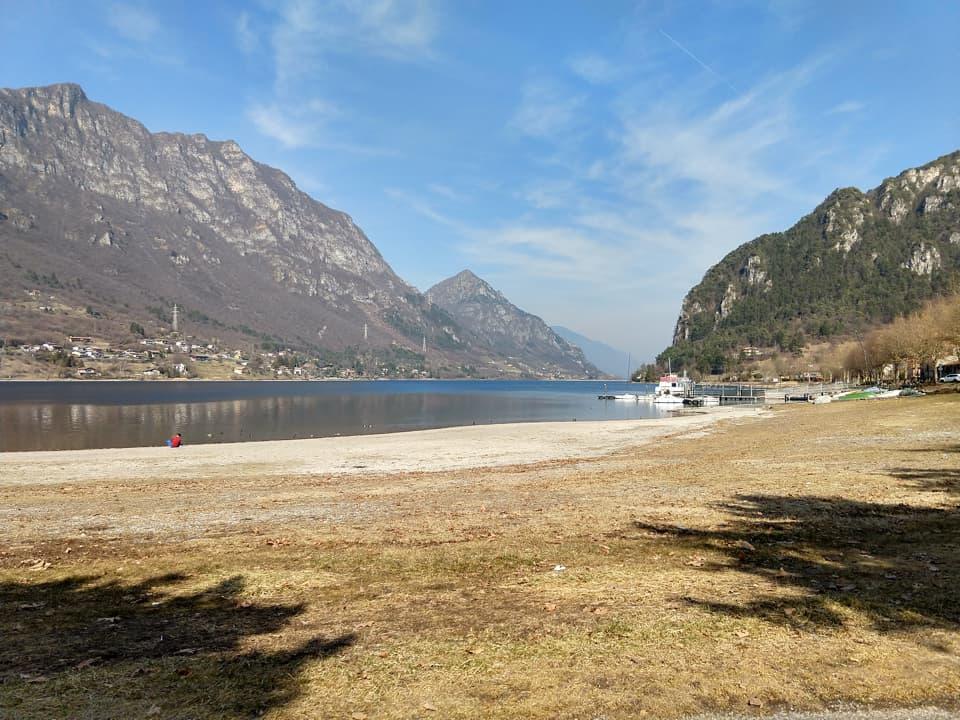 Ed eccoci in riva al lago a goderci un meritato riposo