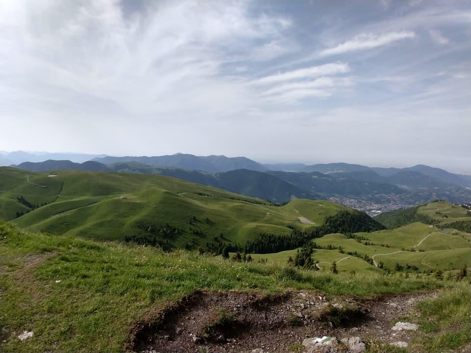 Ai piedi del Pizzo Formico ecco i prati della Piana della Montagnina