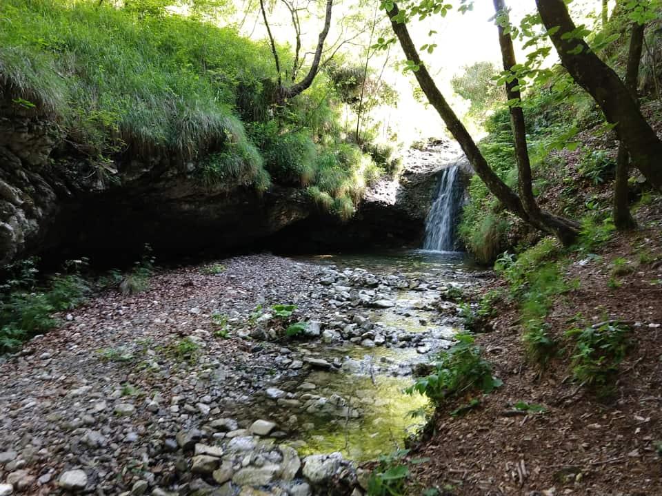 Il Torrente Redocla è una piacevole scoperta lungo il sentiero di discesa