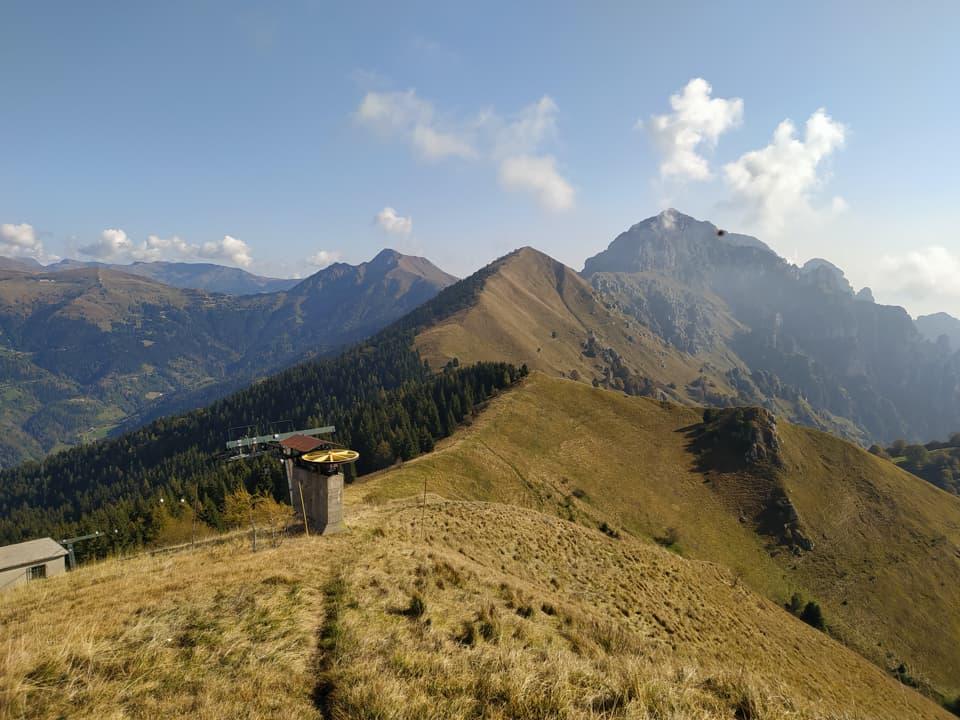 Mentre salgo sul Monte Pezzeda posso osservare nuovamente l'amata Regina.